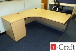 угловой стол для офиса на заказ в Киеве