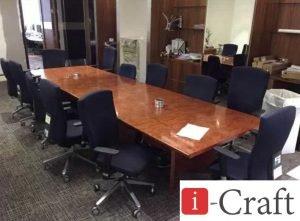 деревянный офисный стол для переговоров